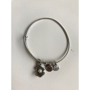 Alex and Ani Oyster Pearl Charm Bangle